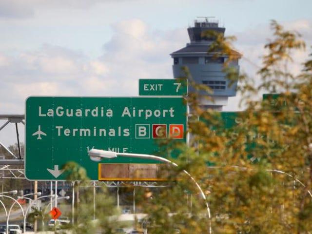 空港の受託手荷物で18ポンドのポットが見つかった後にブロンクスの男性が逮捕された:レポート