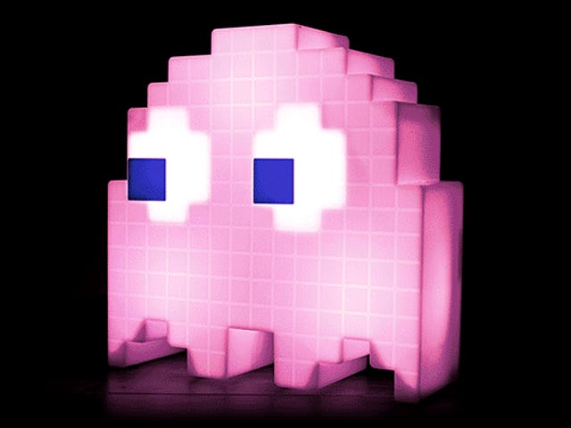 Light Your Maze of a Bedroom With a Glowing <i>Pac-Man</i> Ghost