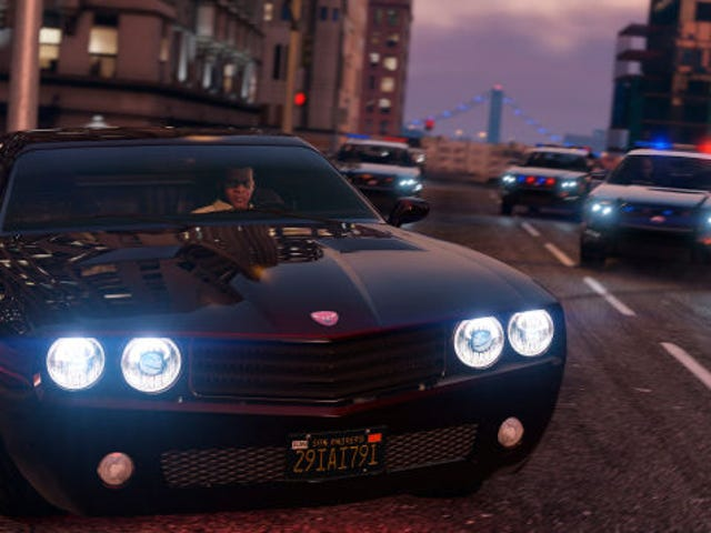 <i>GTA V</i> Mod Overhauls Police, Calls In The Army