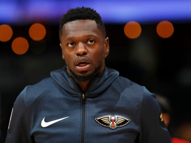 The Pelicans Are Spiraling, But At Least Julius Randle Is Kicking Ass