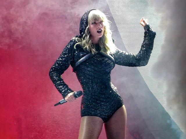Taylor Swift Causes Surge in Voter Registration After Endorsing Democrats on Instagram