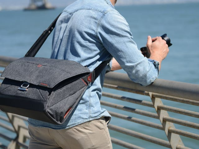 Take a Picture, It'll Last Longer Than This Rare Deal On Our Readers' Favorite Camera Bag