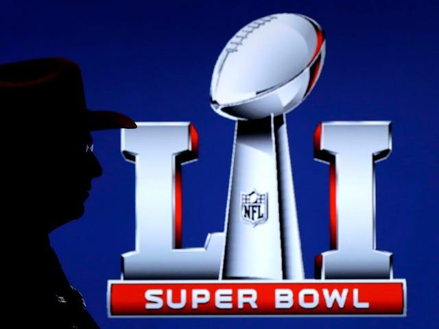Kanadalı Super Bowl Broadcaster, Aptal Amerikan Reklamlarını Ücretsiz Yayında