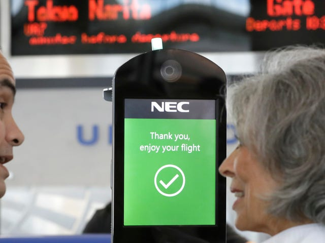 Der Heimatschutz möchte Ihr Gesicht scannen, bevor Sie das Land betreten und verlassen