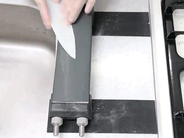 Pisau Chef yang Dibuat Daripada Balut Plastik Buktikan Segala-galanya dalam Dapur Anda Adalah Blade Menunggu Terjadi