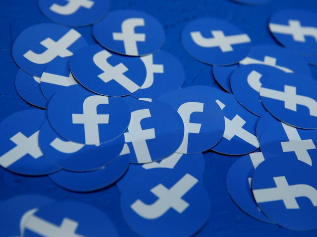 Facebook Will Now Rank Your Comments So Its Dumbass Website Can Be 'More Meaningful'