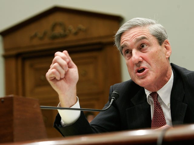 Does Robert Mueller Have a Photo of Trump's 'Junk'?