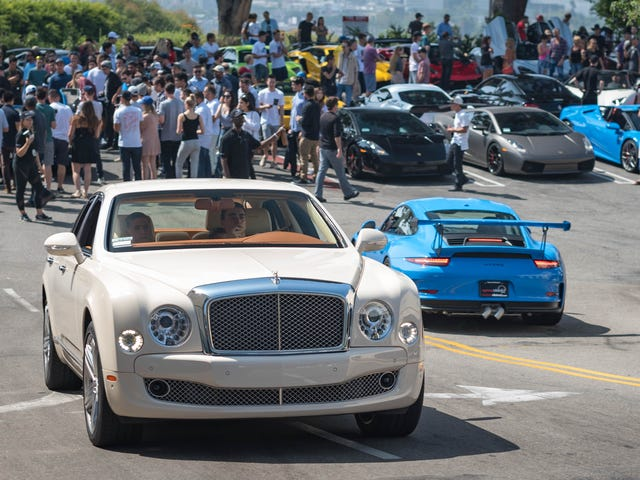 The Sunset Plaza GT Meet Is As Hollywood As Car Shows Get