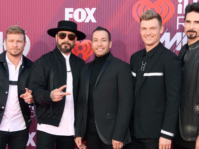 All of the Sequined, Sheer, and Snooze-y Looks at the 2019iHeartRadio Music Awards