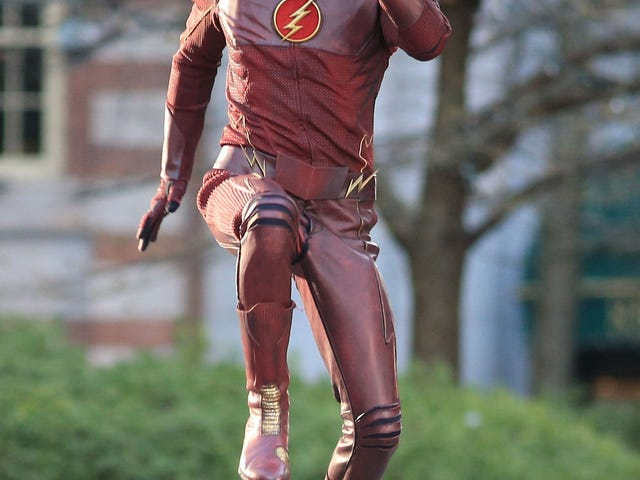 Flash Costume, WTF is wrong with designers?