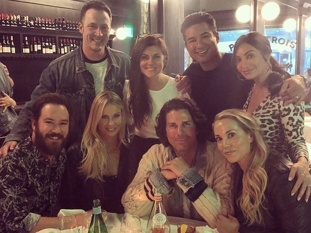 30 Years Later, the Cast of <i>Saved By the Bell</i> Is Having a Great Time