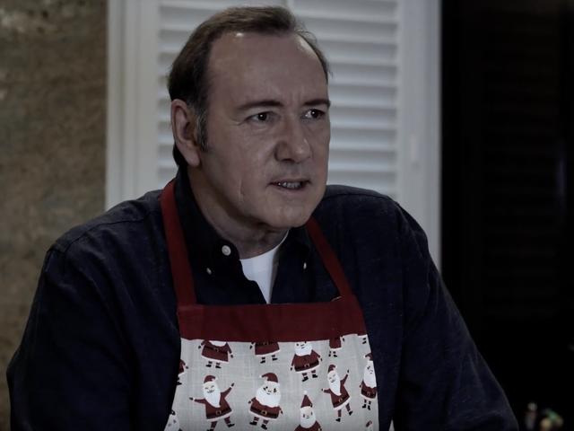 Kevin Spacey가 중죄 성폭력 혐의로 기소되어 Frank Underwood