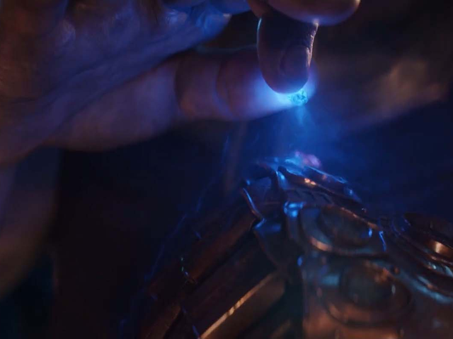 That Special Effect at the End of Avengers: Infinity War Was Based on One Specific Infinity Stone