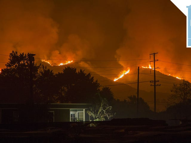 ผู้บริหาร Trump ลดการเปลี่ยนแปลงสภาพภูมิอากาศเป็นภัยคุกคามด้านความมั่นคงแห่งชาติไม่มีอะไรให้ดูที่นี่