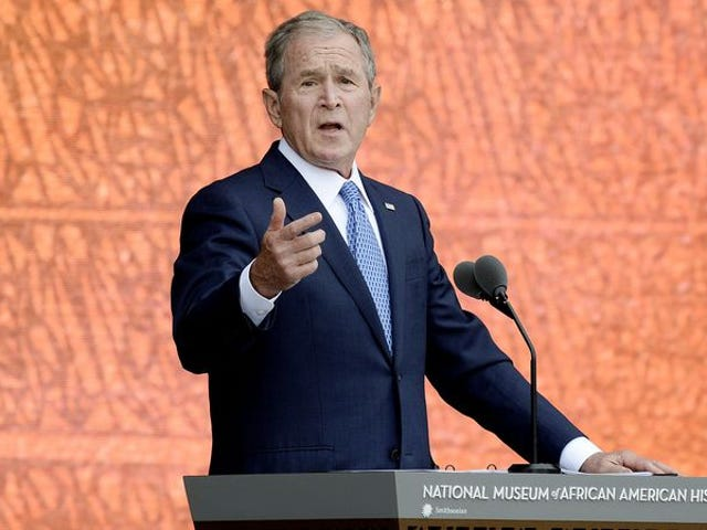 Even George W. Bush recognizes that Trump's war with the media is stupid