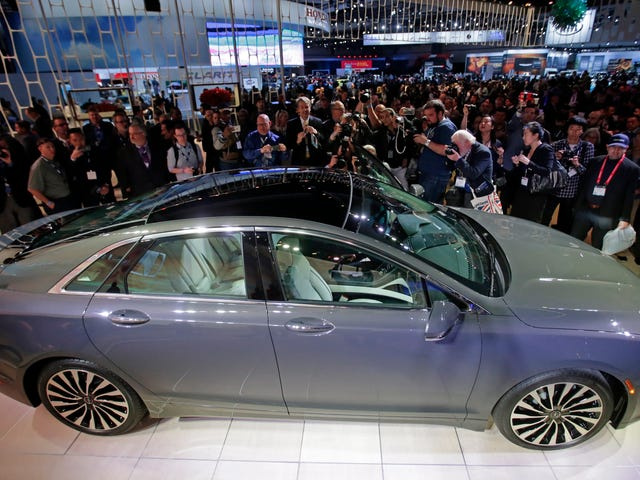 Η Έκθεση Αυτοκινήτου, όπως γνωρίζουμε, πεθαίνει