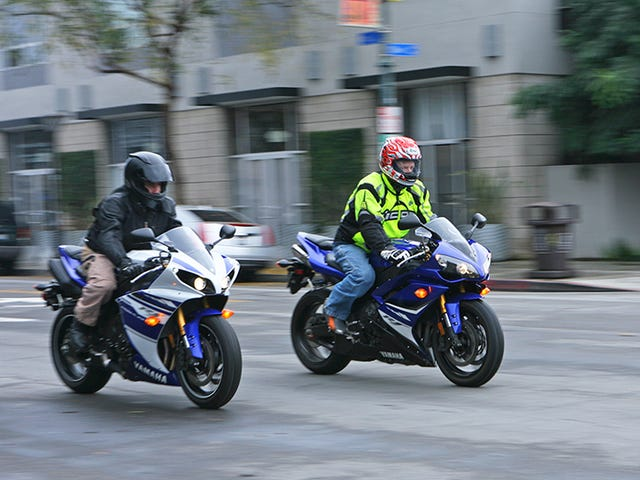 Used Bike Comparo: 2014 Yamaha R1 Vs. 2008 R1