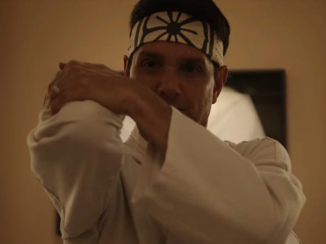 The Karate Kid Sequel Series Cobra KaiDebuts a Giant, Face-Kicking New Trailer