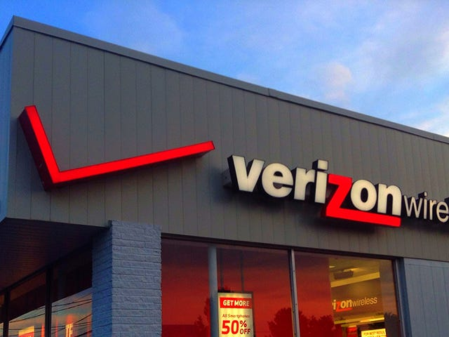 Verizon Now Offers Unlimited International Calling For $15 Per Month