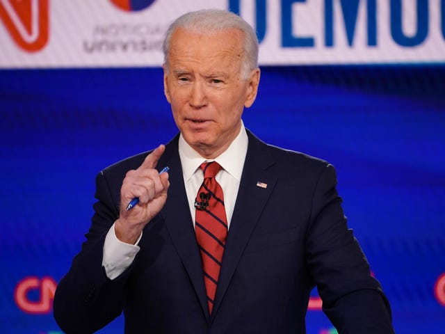 Tara Reade's Former Neighbor Says She Knew About Alleged Biden Sexual Assault in the Mid-'90s