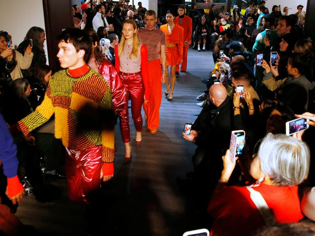 Tydzień mody w Nowym Jorku nie jest zrównoważony, ale branża modowa też nie