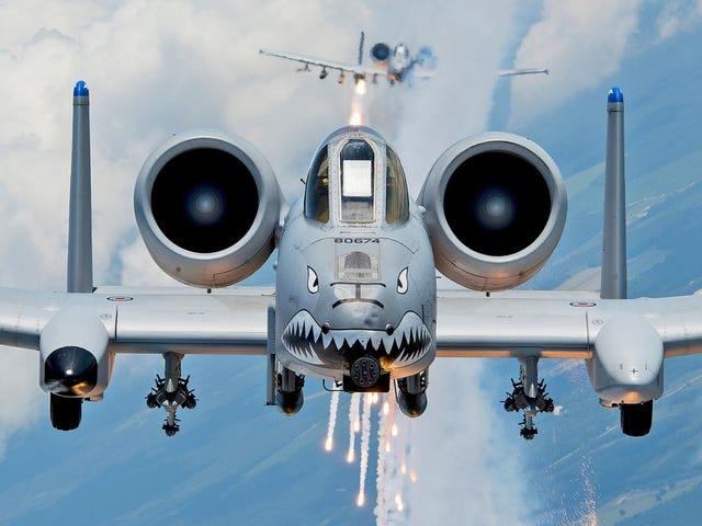 Πώς οι δύο πιλότοι A-10 έσωσαν μια ομάδα ναυτικών που είχαν τραυματιστεί και πολιορκηθεί από τους Ταλιμπάν