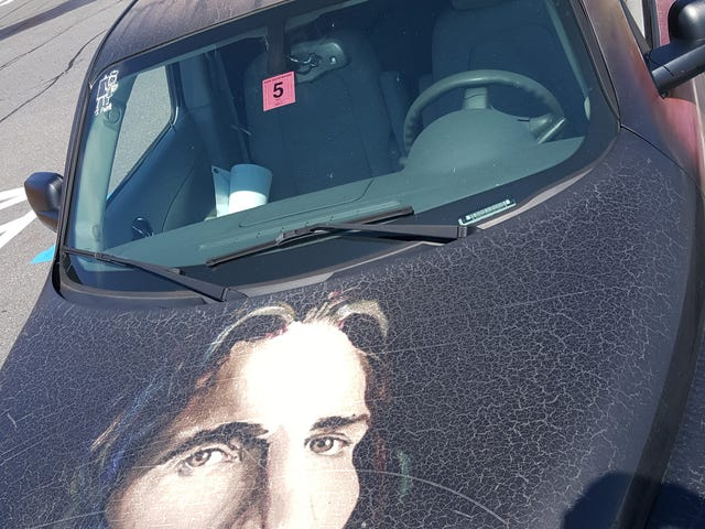 Jesus drives an HHR