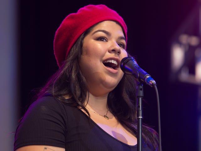 Seri Konser 'Selena for Sanctuary' Telah Mengangkat Lebih dari $ 10K dalam Biaya Hukum untuk Hak Imigran