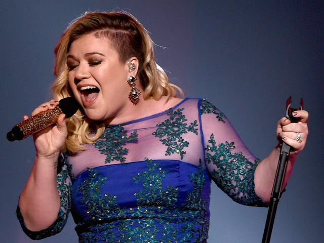 Kelly Clarkson May Be Coming Home To American Idol