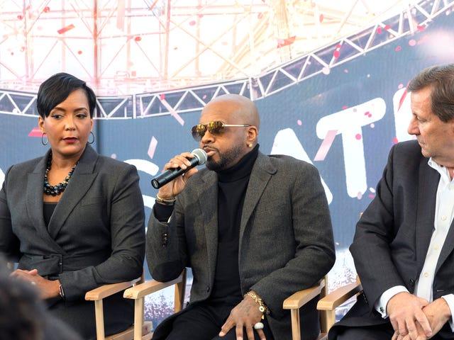 Mayor Keisha Lance Bottoms at Jermaine Dupri Talk Super Bowl LIII, Habang ang mga Ina ng Movement Maglakad Mula sa Pakikilahok sa Kasayahan