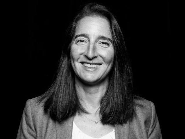 Lynn Oberlander, do Gizmodo Media, homenageado pela NPPA
