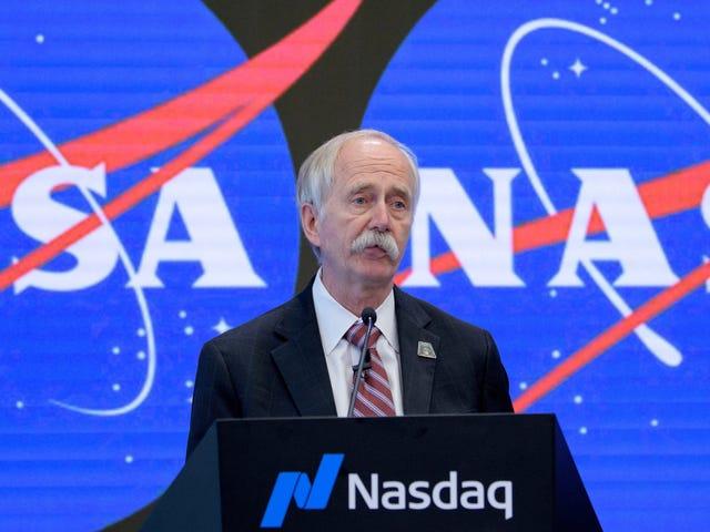 NASA Abruptly Reassigns Top Human Exploration Program Officials as Trump Moon Mandate Looms