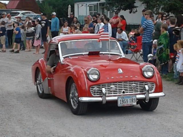 En britisk bil i Arlee MT den fjerde juli