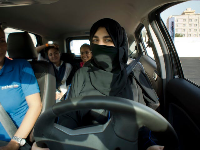 Thousands Of Saudi Women Are Signing Up For Driving Lessons For The First Time