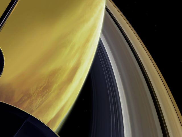 """Escucha el """"sonido"""" que captó Cassini durante su primera inmersión entre Saturno y sus anillos"""