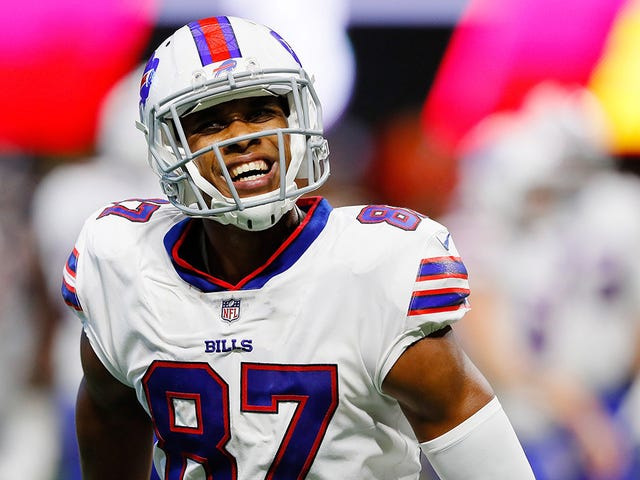 Ex-Bills WR: There's Nothing To Do In Buffalo But Fuck