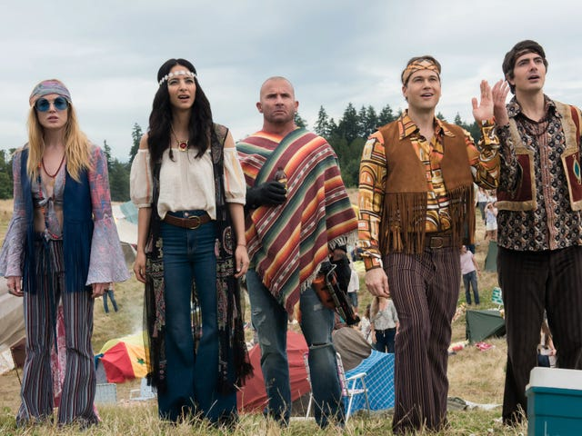 Praise Beebo, the Legends Of Tomorrow are back at last