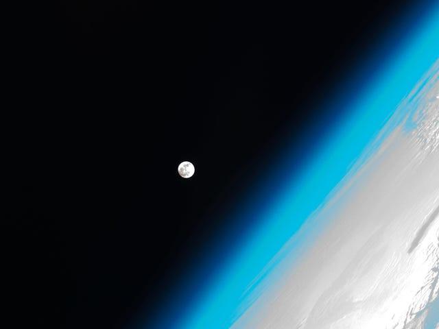 Năm 2019 có lỗ Ozone nhỏ nhất được ghi nhận, không nhờ chúng tôi
