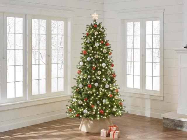 Ini 7.5 kaki Pohon Berubah Warna Braxton Pra-Lit Akan Membuat Krismas Anda Merry dan Bright