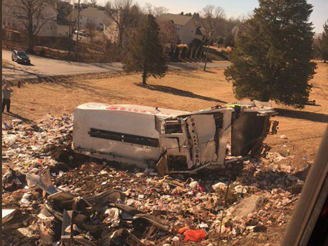 Trem da Amtrak transportando membros do Congresso chega ao caminhão, matando pelo menos um: relatório (atualizado)