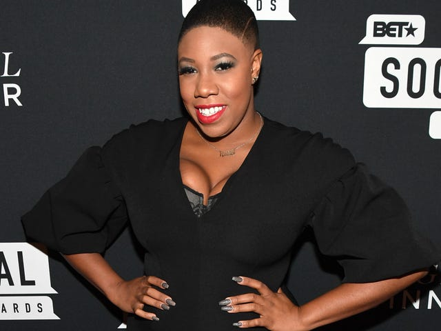 #FearlessFriday: Symone Sanders Speaks Truth to Power ... in Her Own Signature Style