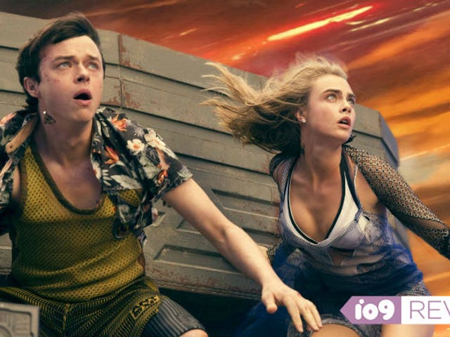 Valerian and the City of a Thousand PlanetsIs Undeniably Gorgeous, But Not Much Else