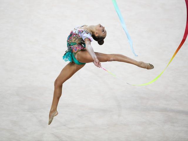 Вузли трапляються: несправність обладнання на чемпіонаті світу з художньої гімнастики