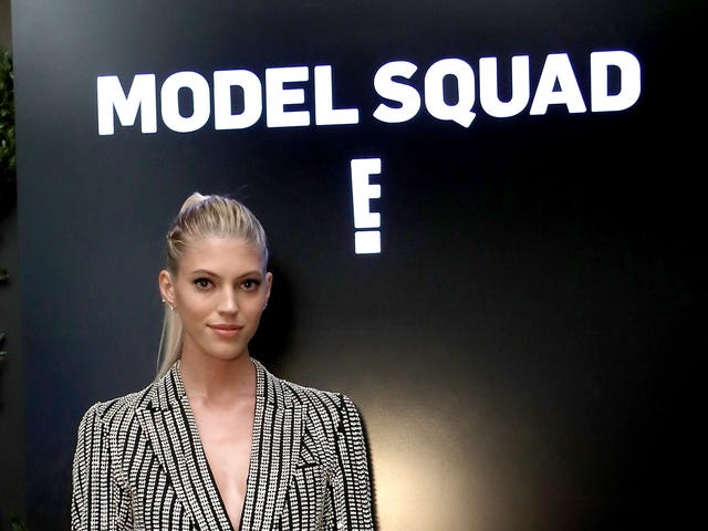 For Devon Windsor, Kim Kardashian and White Girls Who Have Considered Highlights When Big Butts Are Enuf