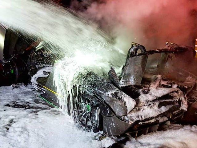 Owner of McLaren Senna That Caught Fire Says It 'Burned Itself' (Updated)
