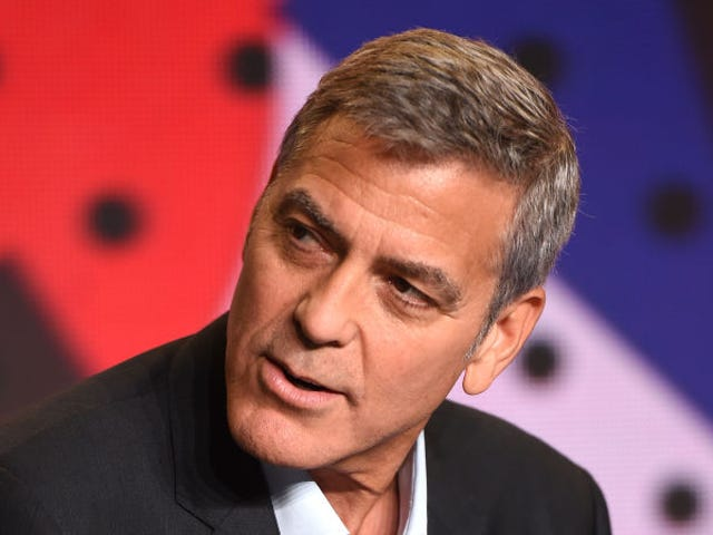 George Clooney Reportedly Once Gave 14 of His Best Dude Friends $1 Million Each
