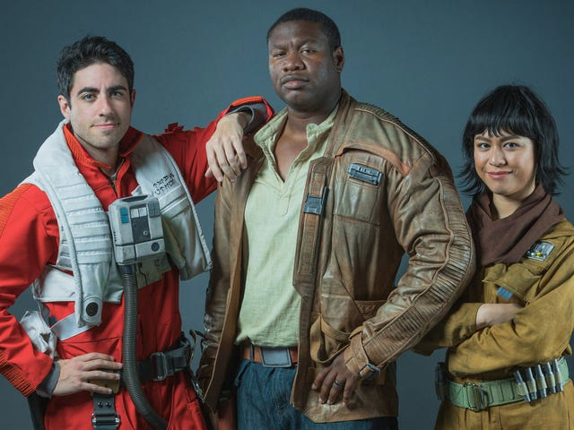 Here's Some Real Good Star Wars: The Last Jedi Cosplay