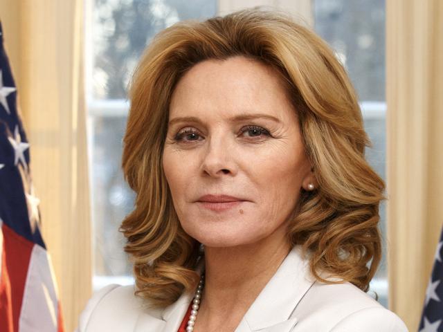 사만다 존스가 스웨덴 범죄 스릴러에서 미국 대통령이라는 것을 우리 모두 알고 있었습니까?