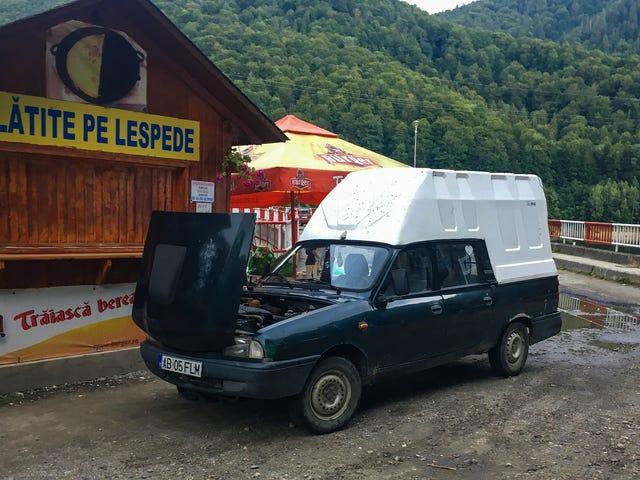 Đây chỉ là một số trong những chiếc xe tốt mà chúng tôi thấy ở Romania (Vâng, chúng chủ yếu là Dacias)