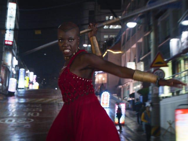 Wakanda의 불굴의 문화는 왜 <i>Black Panther</i> 의 여성들이 매우 역동적인가하는 것입니다.
